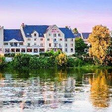Mercure  Bords de Loire****