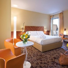 UNA Hotel Mediterraneo****