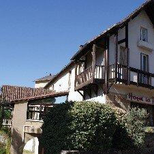 Hostellerie la Terrasse**