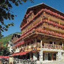 Hôtel La Croix Saint-Maurice***