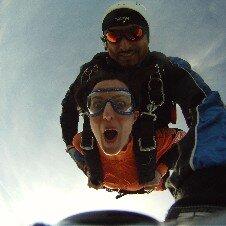 Hélicoptère /  Saut en parachute