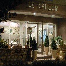 Le Crillon***