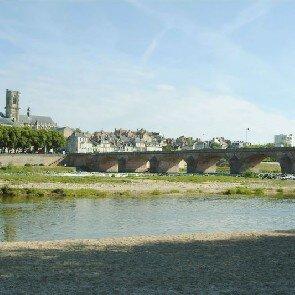 Mercure Pont de Loire