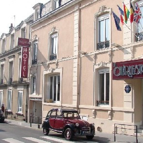 Hôtel Le Charleston**