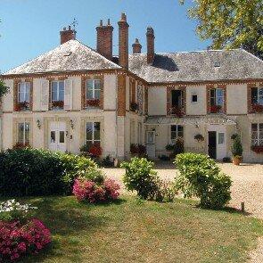 La Villa des Bordes**
