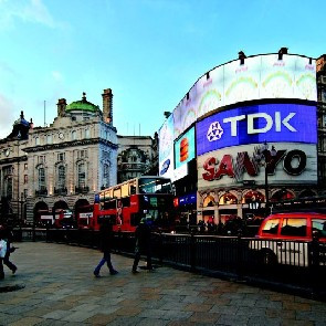 Days Hotel London Waterloo***