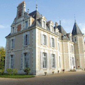 Château du Breuil****