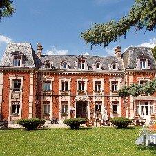 Château Corneille***