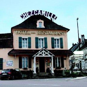 Chez Camille***
