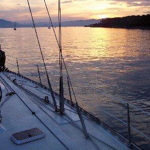 Maxi Catamaran / Voilier