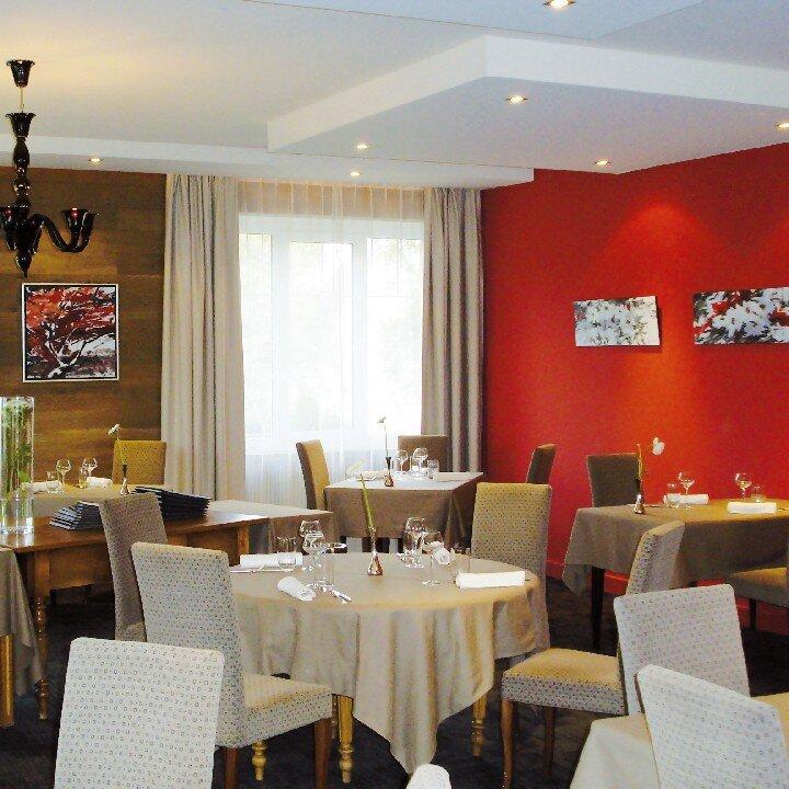 Hôtel-Restaurant La Rochette***