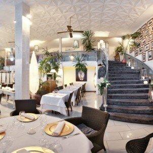 Restaurante Llanca PortCocina mediterránea con influencia francesa